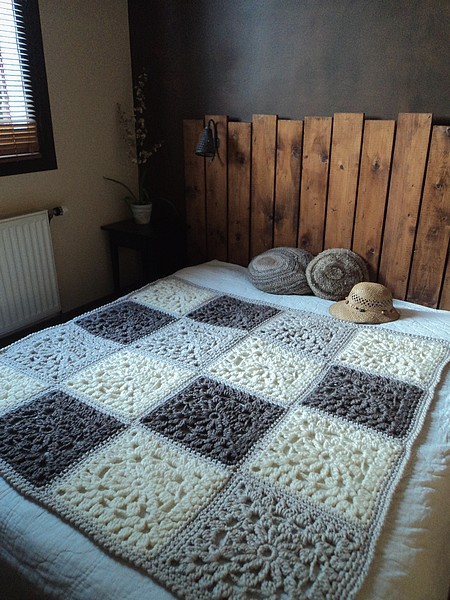 Joli Plaid Au Crochet